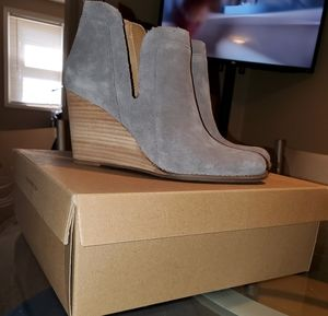 Lucky grey suede wedge 👢 boots NEW!!